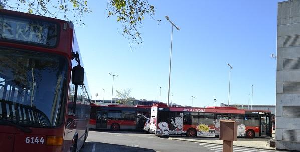 Poble democràtic diu que la compra d'autobusos híbrits demostra el desconeiximent de lo que és la movilitat urbana sostenible