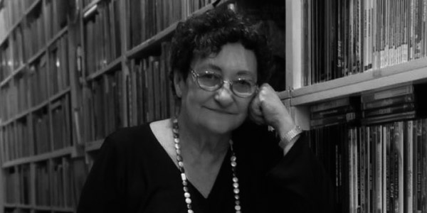 Poble Democràtic pide que el Ayuntamiento de Alicante otorgue de nuevo una calle a la poetisa Francisca Aguirre