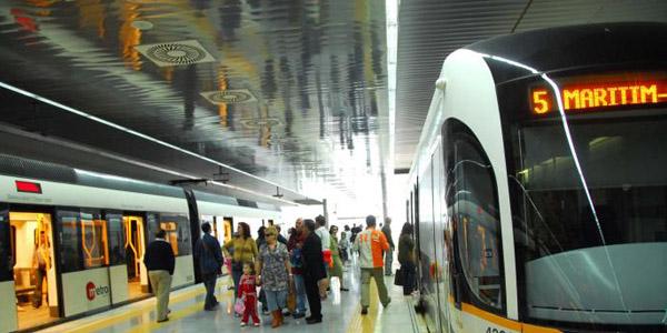 Poble Democràtic pide al Consell que reconsidere el servicio nocturno de MetroValencia